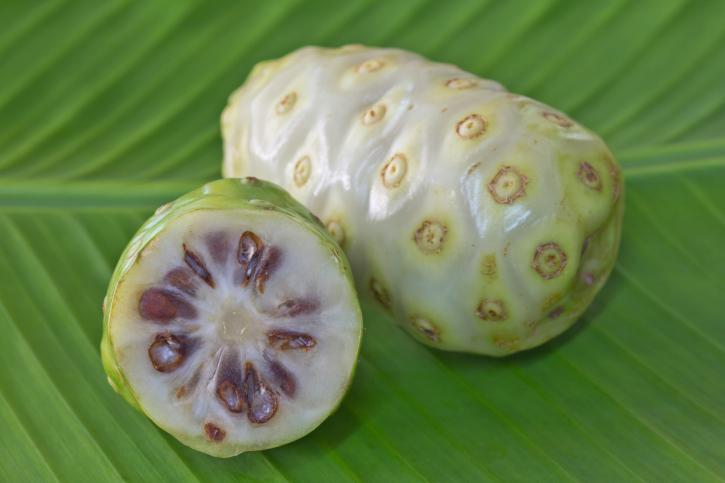 noni, diabetes, nutrientes, defensas, jugo